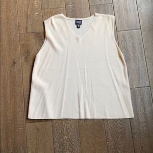 Eileen Fisher Wool V-Neck Shell Cream Size M